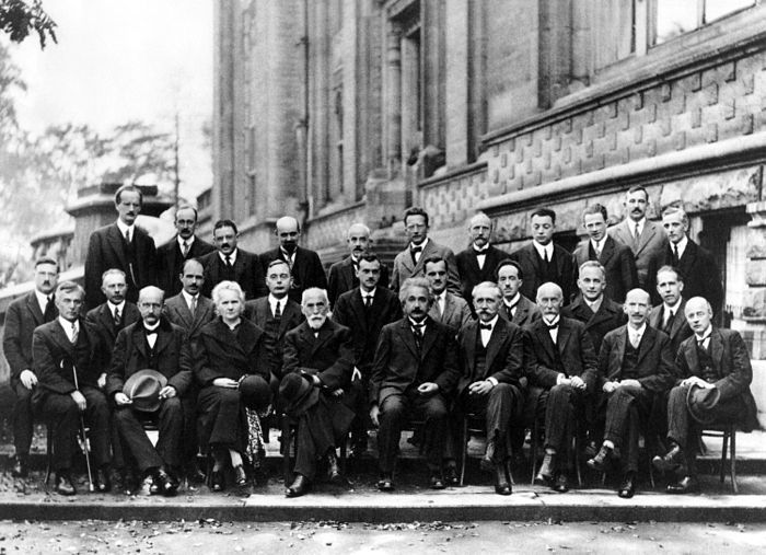 700px-Solvay_conference_1927